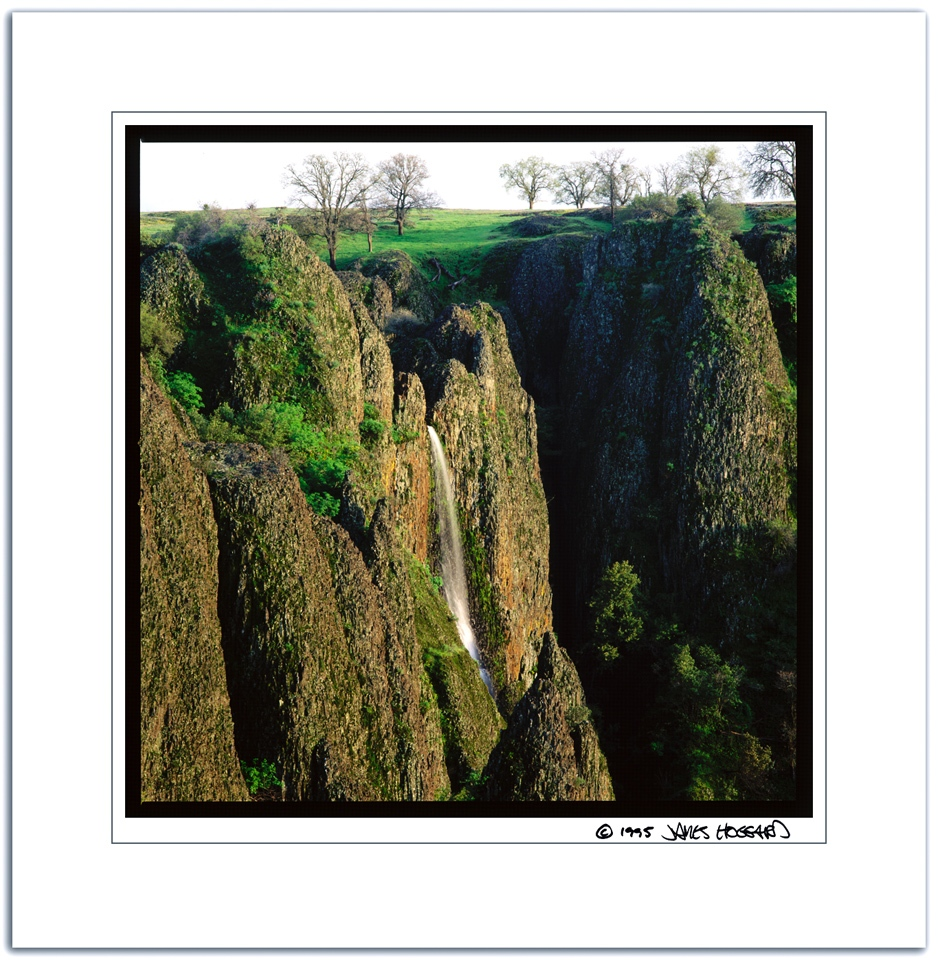 Table-Mtn-Waterfall