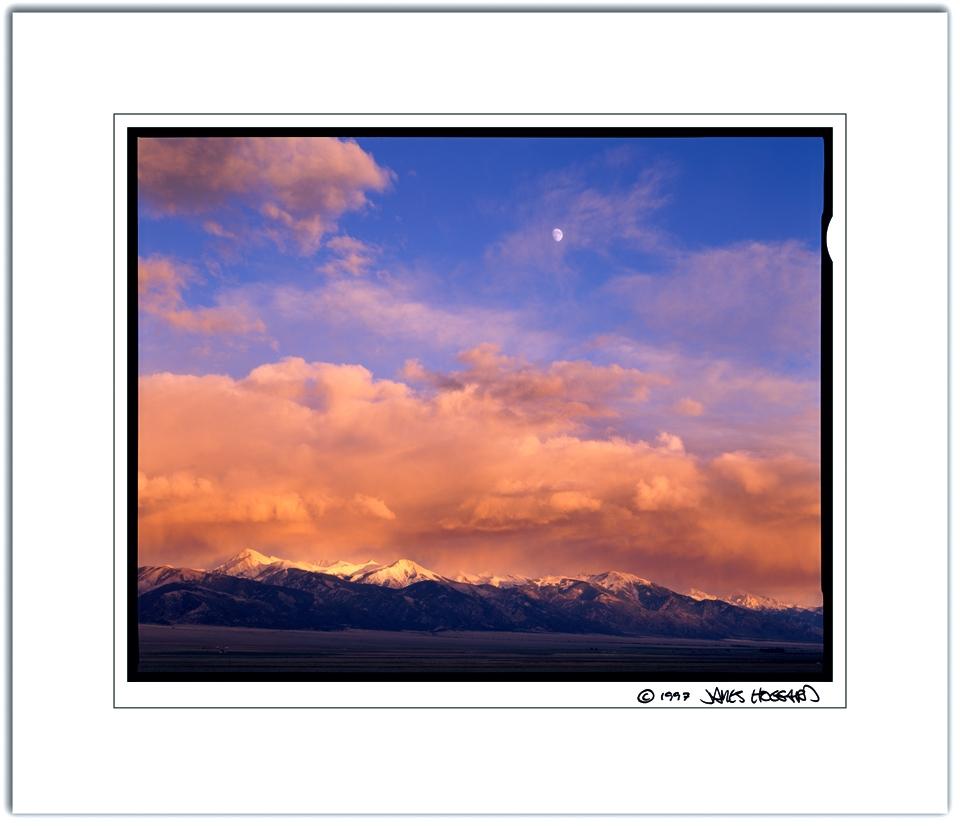 Sangre-De-Christo-Sunset-Moon